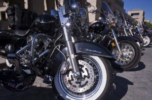 Motocyklowa eskorta ślubna